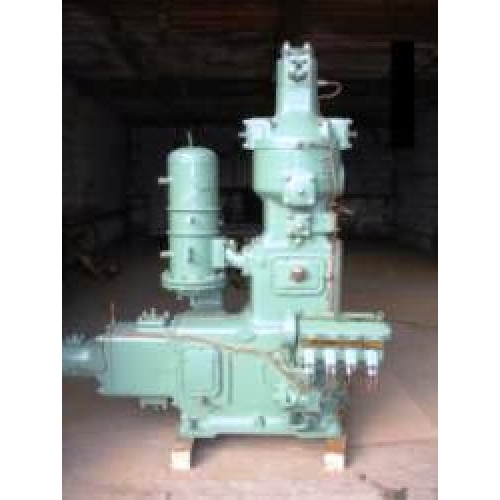 Поршневой компрессор 402ВП-4/220М1